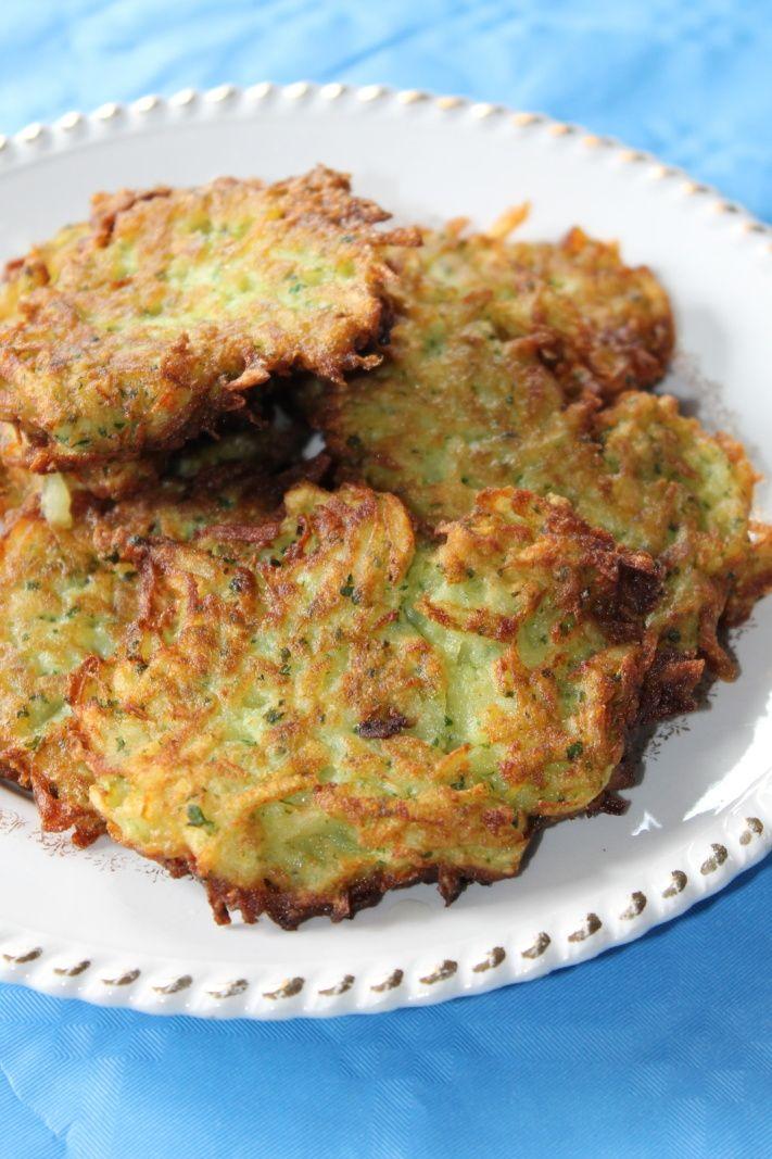 Ce mois-ci, le thème du défi recettes de porte sur le thème de la patate. Du coup, je propose mes beignets de patates, une spécialité de chez nous. Bien croustillants et parfumés, ils accompagnent parfaitement les viandes, légumes et autres fromages....