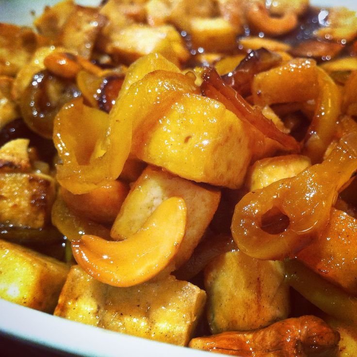 Tofu fritto con salsa piccante allo zenzero  #ricettevegetariane #ricettevegane #chips #chipsdipatatedolci #vegan #veganfood #veganfoodshare #veganitalia #veganitaly #patatabollente