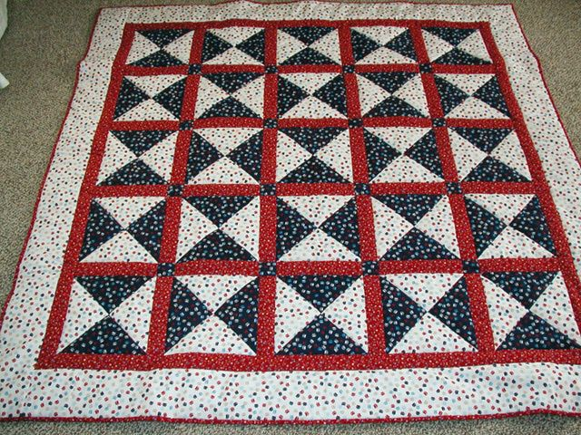 Patriotic Quilt for Frank by Lois Spacapan at quilting.about.com
