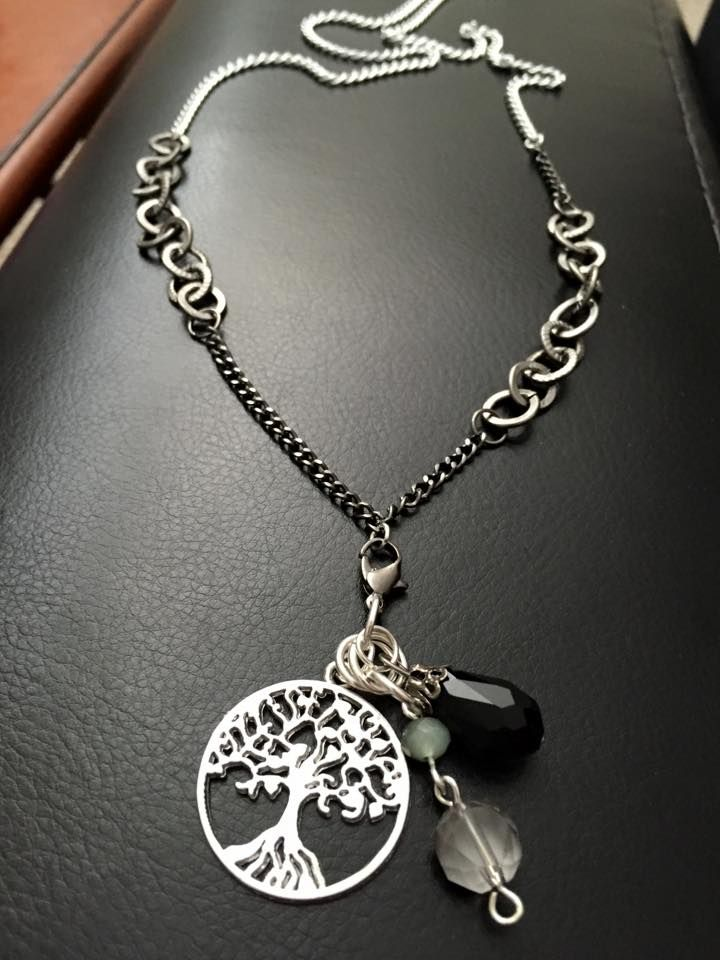 ⋙ Long length mixed metal chain, antique silver tree of life charm, glass beads https://www.facebook.com/shopkiarae https://www.etsy.com/shop/shopkiarae
