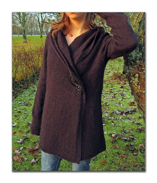 free ravelry pattern -- it has a hood too! Pinning for the picture...