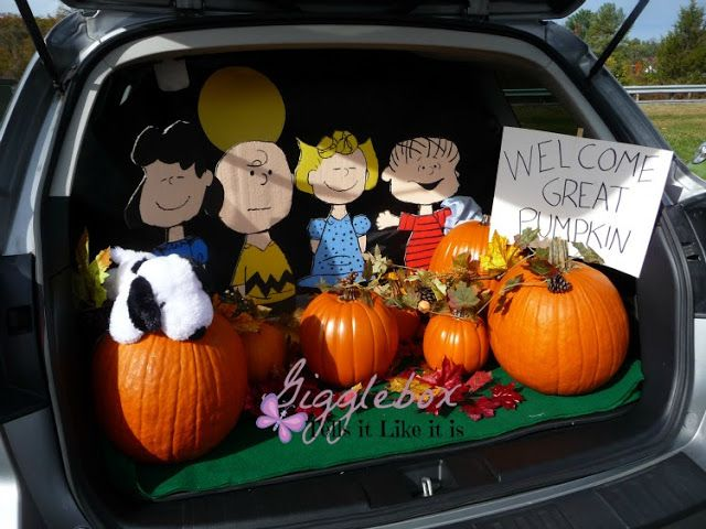 trunk or treat 2015 peanuts style gigglebox tells it like it is - Car Decorations For Halloween