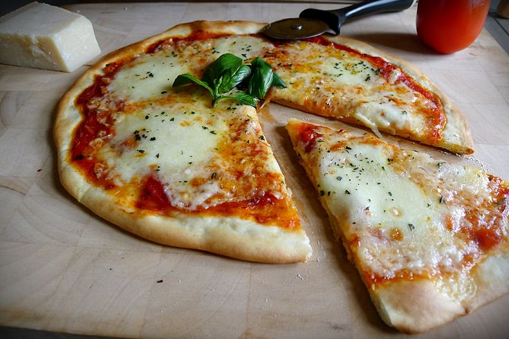 25 b sta pizza italienne id erna p pinterest pate pizza italienne recette pizza och recette - Recette de pate a pizza italienne ...