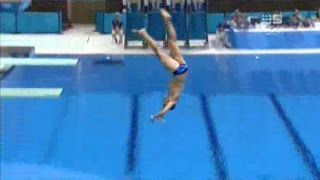 Un plat au plongeon JO2012 [video] - http://www.2tout2rien.fr/un-plat-au-plongeon-jo2012-video/