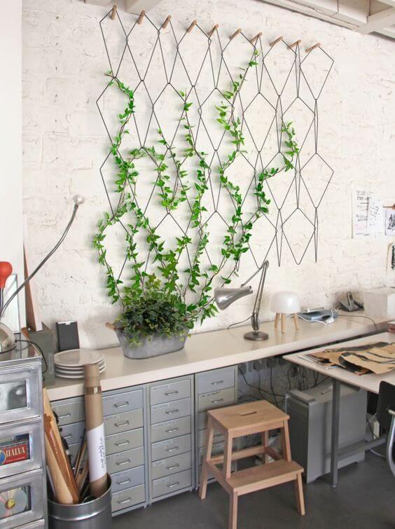 Les 25 meilleures id es de la cat gorie support plante grimpante sur pinterest treillage Support plantes interieur