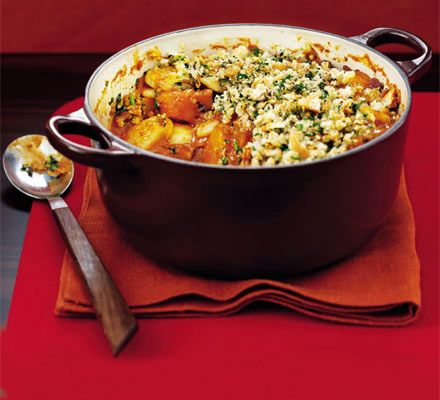 Butter bean & Squash crumble http://www.bbcgoodfood.com/recipes/4848/butter-bean-and-squash-crumble