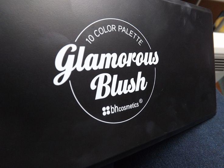 http://lipsticketmojitos.fr/glamorous-blush-palette-de-bh-cosmetics-le-must-have/