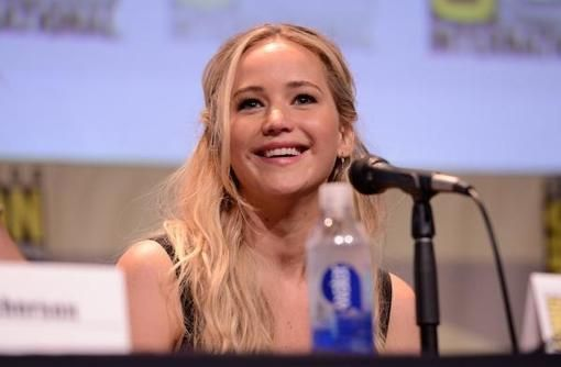 10 Reasons Jennifer Lawrence Is the Most-Liked Actor in Hollywood   Divine Caroline