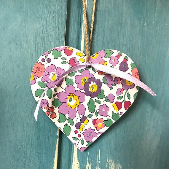 Liberty Betsy print hanging heart liberty heart wooden