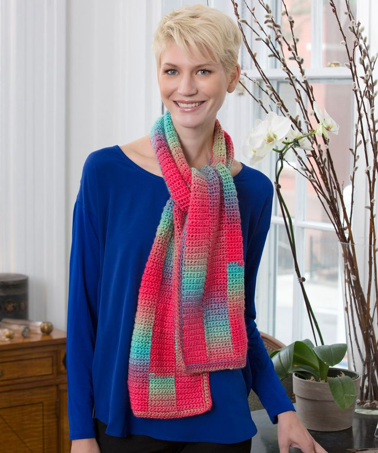 Isis Infinity Scarf Free Crochet Pattern From Red Heart Yarns : Les 412 meilleures images ? propos de CROCHET echarpes sur ...