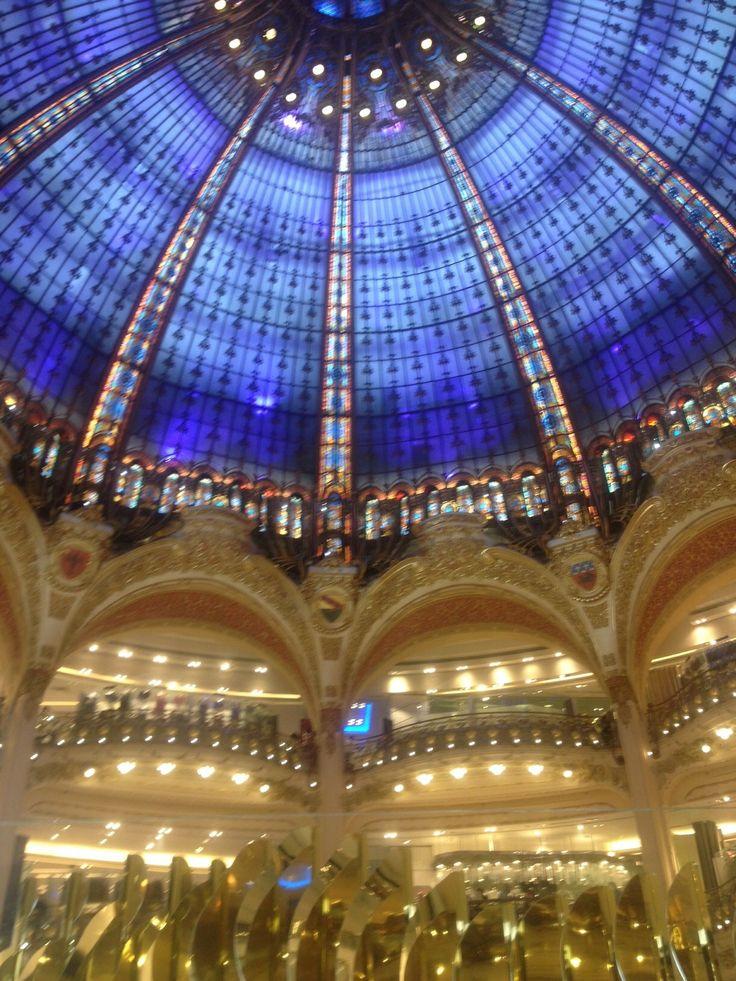 the ceiling of www.galerieslafayette.com in  Paris www.jetaimeskippy.com.au this is sublime!  #webdesigner #france #paris #travel #shopping #skippy #jetaimeskippy #iloveyouskippy
