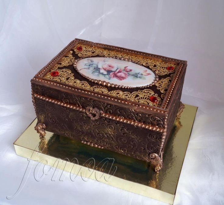 Работа Светланы Фоминой - торт шкатулка на рубиновую свадьбу