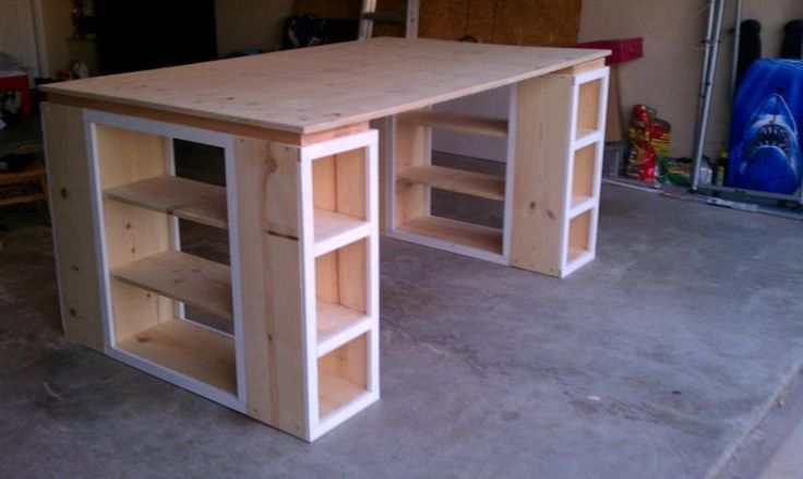 Can't remember if I pinned this, if so it is worth pinning again.     Modern Craft Table *tweaked* | Do It Yourself Home Projects from Ana White