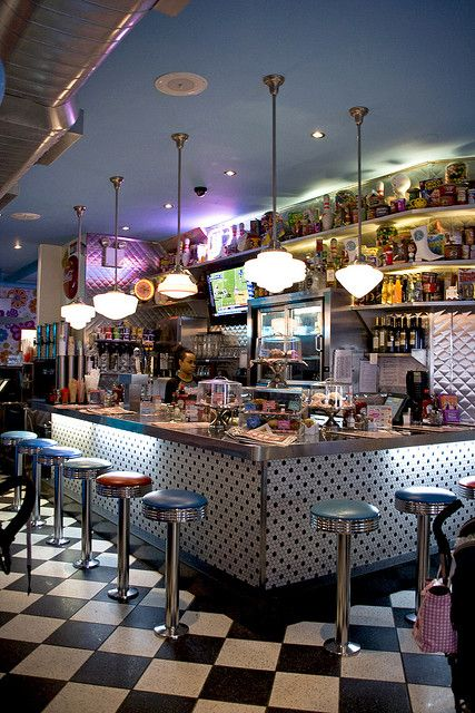 Big Daddy's Diner - Counter by ZagatBuzz, via Flickr