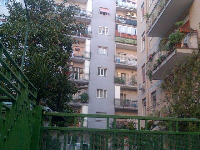 Agenzia Immobiliare Napoli .:.CASAin.:. Real Estate | Italy - 4 Vani Vomero...