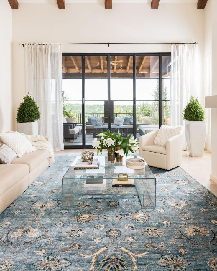 Weu0027re swooning over this airy space Loloiu0027s