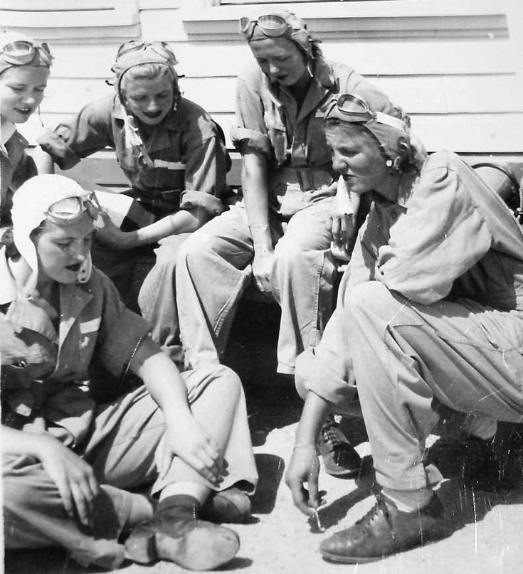 WW2 Women Air Force Service Pilots Wasp | WASP pilots ready to fly.