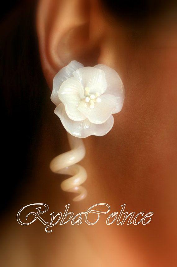 Fake ear gauge  Faux gauge/Gauge earrings /spiral by RybaColnce