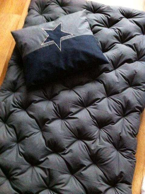 futon surmatelas japonais tapis de jeux ou de sieste pour enfant futons. Black Bedroom Furniture Sets. Home Design Ideas