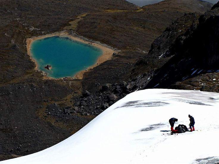 Laguna del Nevado Santa Isabel- Parque Nacional Natural Los Nevados