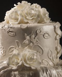 how to defrost wedding cake one year later best 25 wedding cakes ideas on wedding 15702