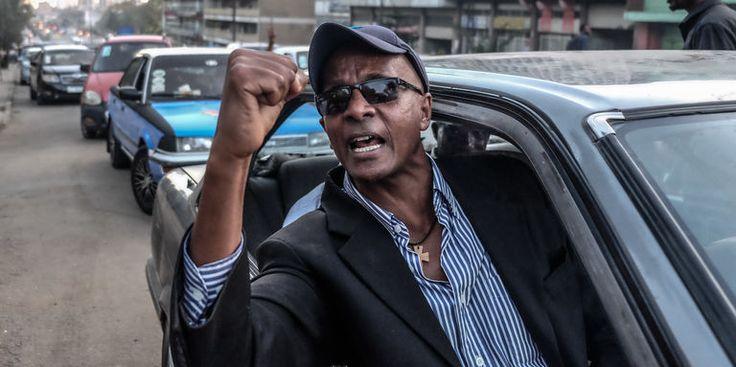 """LEthiopien Eskinder Nega coupable de journalisme pas de terrorisme - Le journaliste Eskinder Nega après sa libération de la prison de Kaliti à Addis-Abeba le 14 février 2018. - http://ift.tt/2FCsI3C - \""""lemonde a la une\"""" ifttt le monde.fr - actualités  - March 12 2018 at 07:23AM"""
