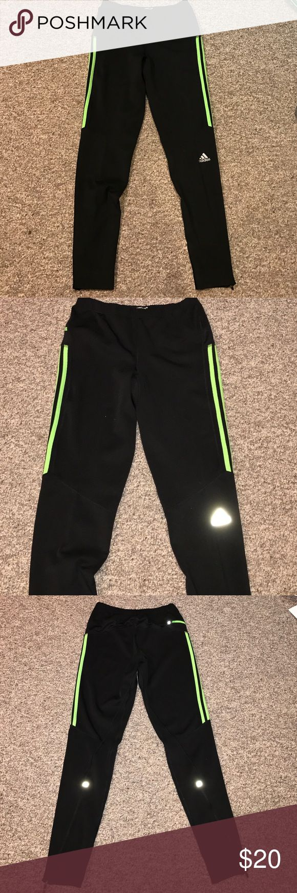 🚩NWOT Adidas Response Running Pants New without tags, never worn. Size Small, 30 Inch inseam. Adidas response running pants with climatize. Reflective logo and on the back as shown by pictures one back pocket on the hip at the top right. Pants zip at the bottom up to the top of calf. Very stretchy and soft nice fabric. Adidas Pants Sweatpants & Joggers