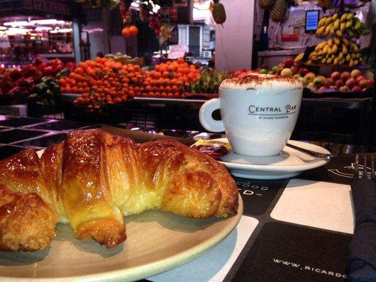 Cafetito y crosant