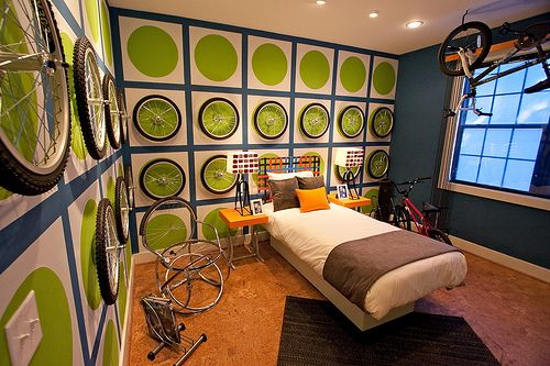 Modern bedroom design and decor for boys.