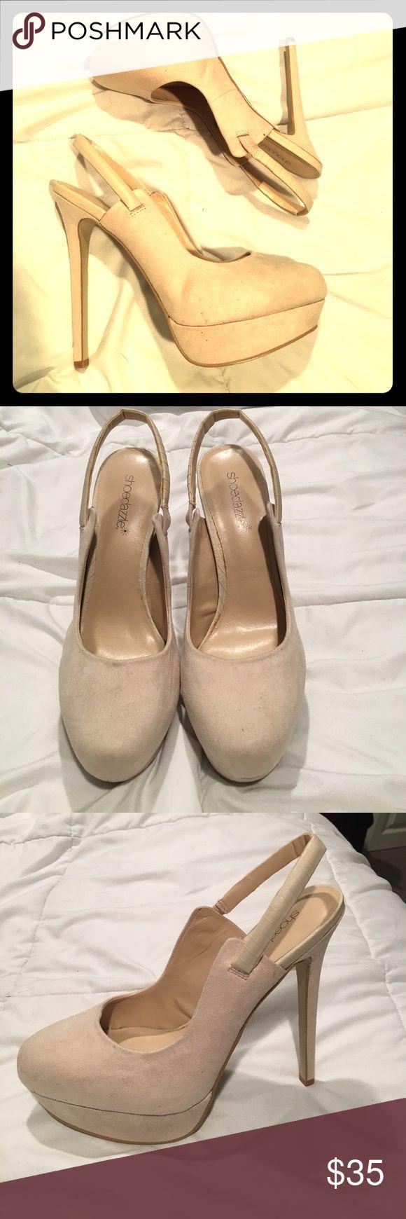 """Shoe Dazzle cream slingback pumps Gorgeous NWT ShoeDazzle slingback pumps. Cream color, true to size. 5"""" heel with 1"""" platform. Shoe Dazzle Shoes Heels"""