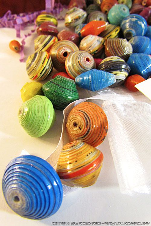 How To Make Paper Beads  http://www.veganlovlie.com/2012/05/how-to-make-paper-beads.html