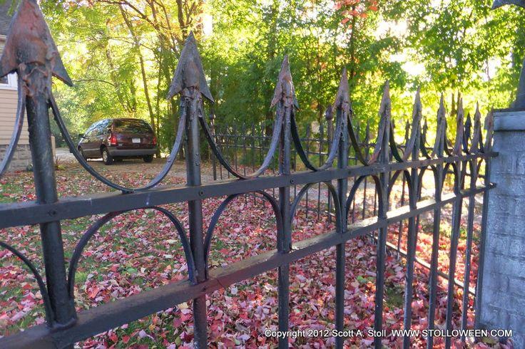 Halloween Cemetery Fence Ideas