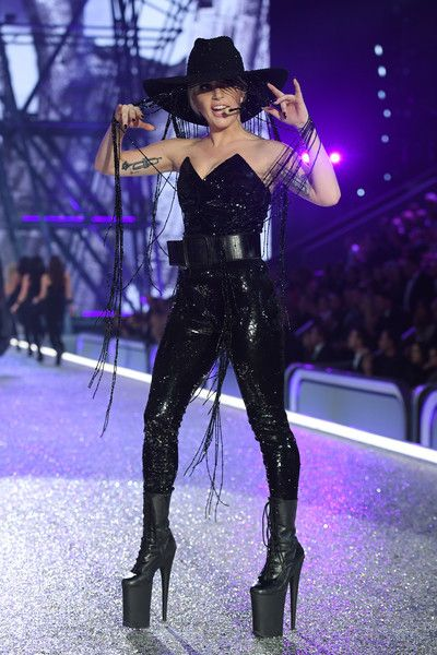 Lady Gaga performs on the runway during the 2016 Victoria's Secret Fashion Show on November 30, 2016 in Paris, France.