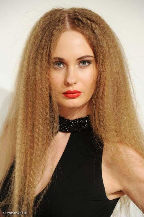Conheça tudo sobre #cabelofrisado, cuidados, dicas, tutoriais, penteados e +! Veja em: http://salaovirtual.org/cabelo-frisado/ #salaovirtual