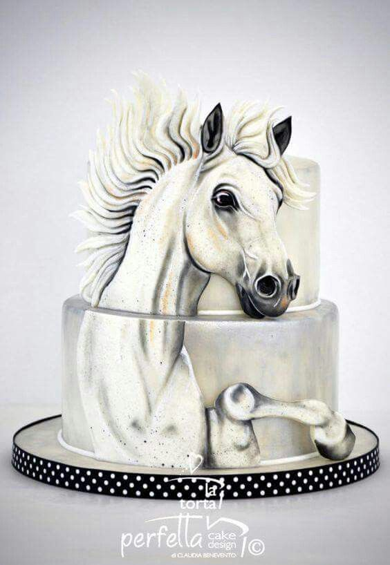 Amazing black and white, hand-painted horse cake. It's magnificent.