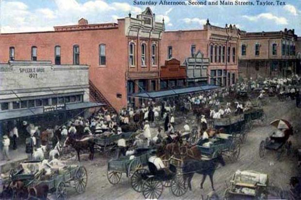 Main Street Taylor TX | Second and Main Streets, Taylor, Texas.
