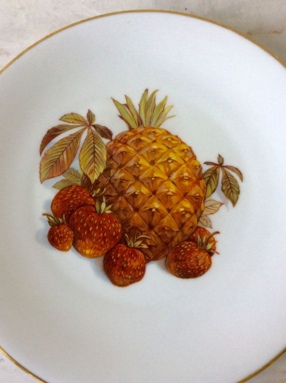 Vintage Bareuther, Bavaria, Pineapple/Strawberry Decorative Plate, Made in Germany, Kichen Decor, Cottage, Coastal, Tropical Decor