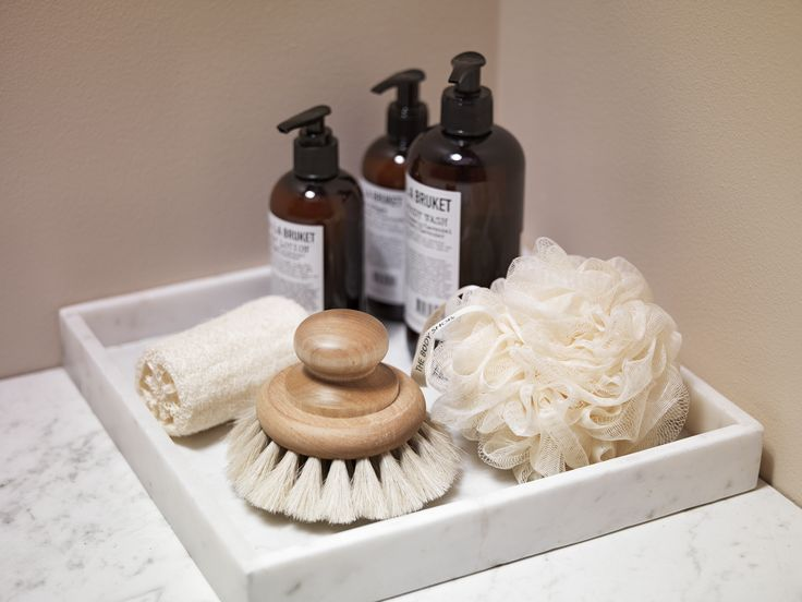 Piffa badrummet med snygga och användbara detaljer.