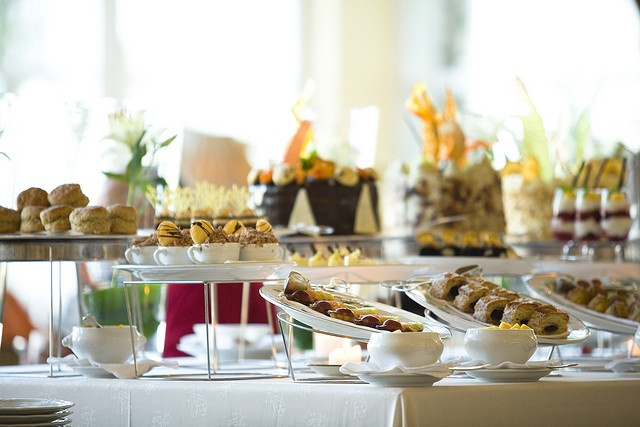 Kerzner's The Table Bay Hotel, located on Cape Town's Victoria & Alfred Waterfront - Enjoy a delicious high tea in The Lounge, Table Bay Hotel