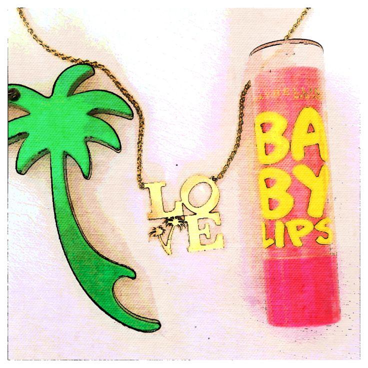 ❤️ palmtrees, vandazzz and baby lips! Vandazzz logo love pendant...