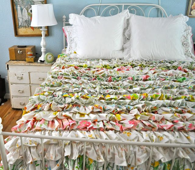 great idea for those vintage sheets.: Anthropologie Taste, Ruffled Quilt, Craft, Idea, Blessed Serendipity, Thrift Stores, Quilts, Store Budget, Vintage Sheets