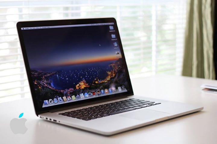 """OFERTAS IPHONE Y MACBOOK !!  - MacBook Pro Retina 13""""  i5 - 8gb - 250gb - $14500 - MacBook Pro Retina 13"""" i5 - 8gb - 250gb - $16500 - MacBook Pro Retina 15""""  i7 - 8gb - 250gb - $18000  iPhone 7 32 GB U$ 950,- iPhone 7 128 GB U$ 1.050,- iPhone 7 256 GB U$ 1.150,-  iPhone 7 Plus 32 GB U$ 1.150,- iPhone 7 Plus 128 GB U$ 1.260,- iPhone 7 Plus 256 GB U$ 1.360,-  Apple iPhone 6s 32gb u$s 820,- Apple iPhone 6s 64gb u$s 860,- Apple iPhone 6s 128gb u$s 960,-  Apple iPhone 6s Plus 32gb u$s 960,- Apple…"""