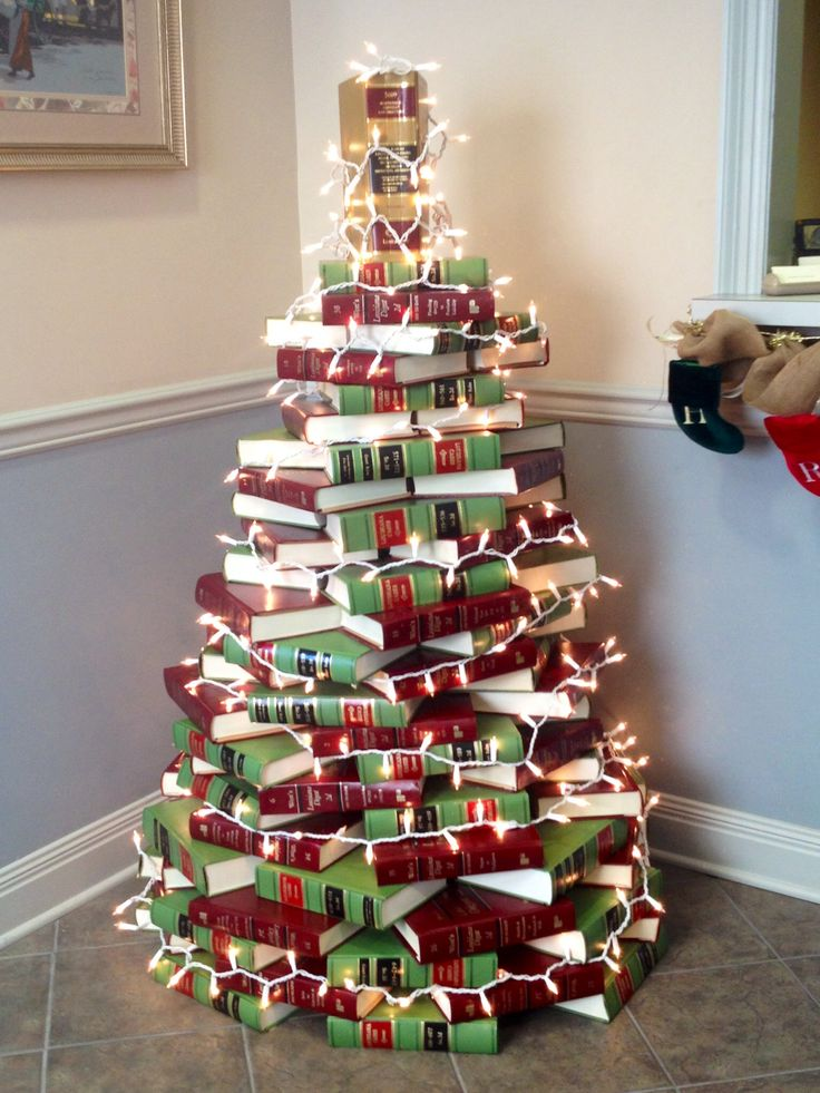 25+ best ideas about Book Christmas Tree on Pinterest  ~ 133353_Christmas Decorations For Office Reception Area