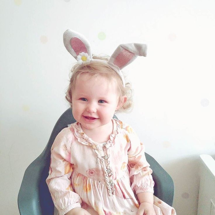 Happy Easter!  #littlerabbit #happymorning #happyeaster #easter2017 #wielkanoc #wielkanoc2017 #happybunny #littlebunny #mojkroliczek #króliczek #jestembojestes #mojewszystko  #kochamnajmocniej #familyweekend #liveauthentic #livethelittlethings #Love #smile #igdailypic #igdaily #photooftheday