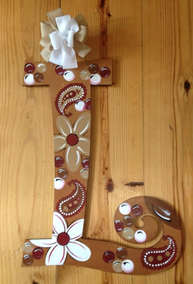 Customized wooden door hangers & 158 best Painted letters images on Pinterest | Painted letters ...
