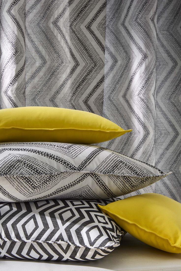 17 best ideas about rideaux heytens on pinterest rideaux de lit rideau store and mod les de for Coussin jaune heytens
