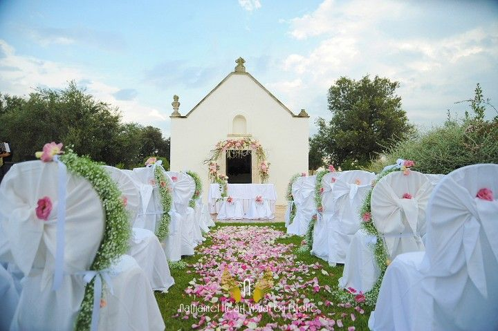 Gorgeous wedding ceremony decor at Apulian Masseria, Italy. Decor ideas. Personalized your wedding ceremony. To see more:http://www.apulianweddings.com/
