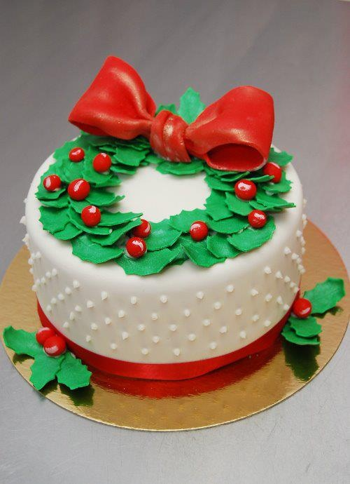 Christmas Cake Designs Pinterest : Cake gateau couronne de Noel Christmas wreath Cake ...
