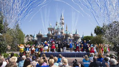 Disneyland Raises Annual Passport Prices, Eliminates Premium Pass, Introduces $1,000 Option