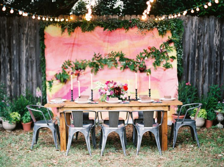 An Easy But Lovely Wedding Backdrop That Looks Perfect For A Backyard  Wedding And Oh!